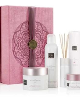 The Ritual of Sakura relaxing collection