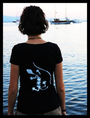 s_kertenkele_tshirt_arka