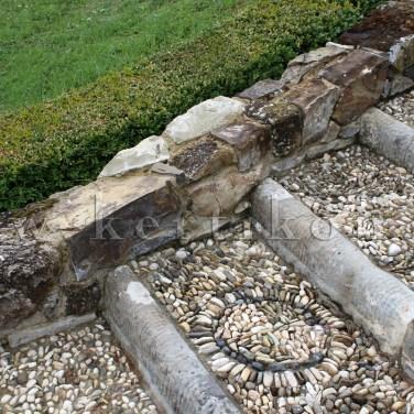 Villa La Pietra - a kerti lépcső míves anyaghasználattal épült a kertrekonstrukció során is