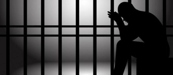 inmate praying