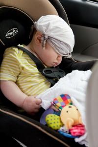 Pastikan kenyamanan anak saat duduk di car seat