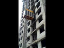 Persone cum material lift in construction site High speed