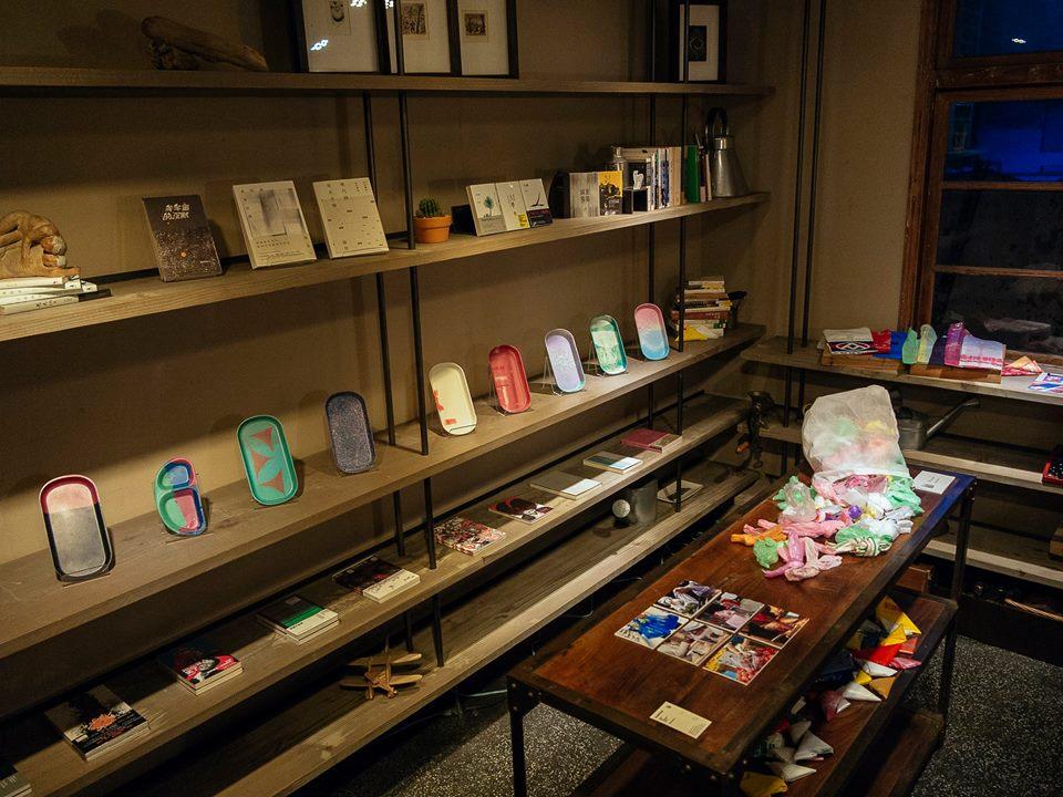 Plastico display at Escents Bookcase (from Plastico)