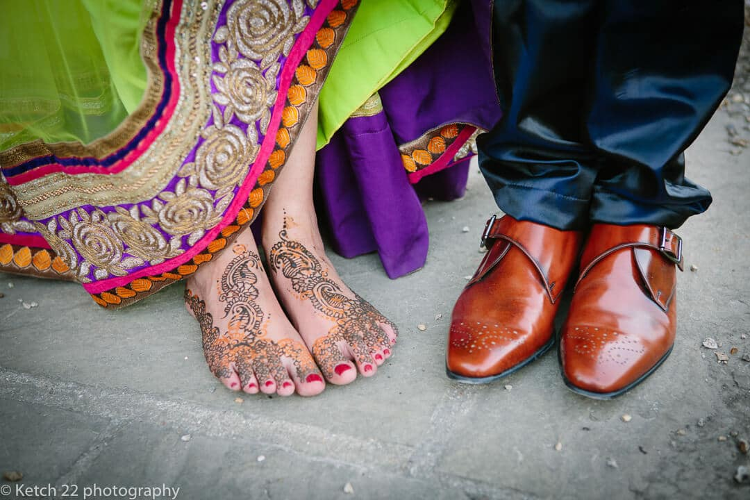 Shoe details for wedding photography and photo tours in Spain