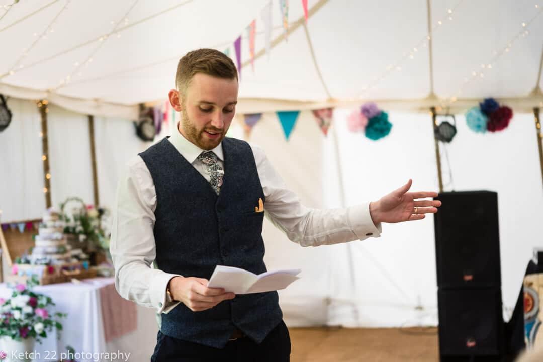 Best man making a wedding speech in Herefordshire