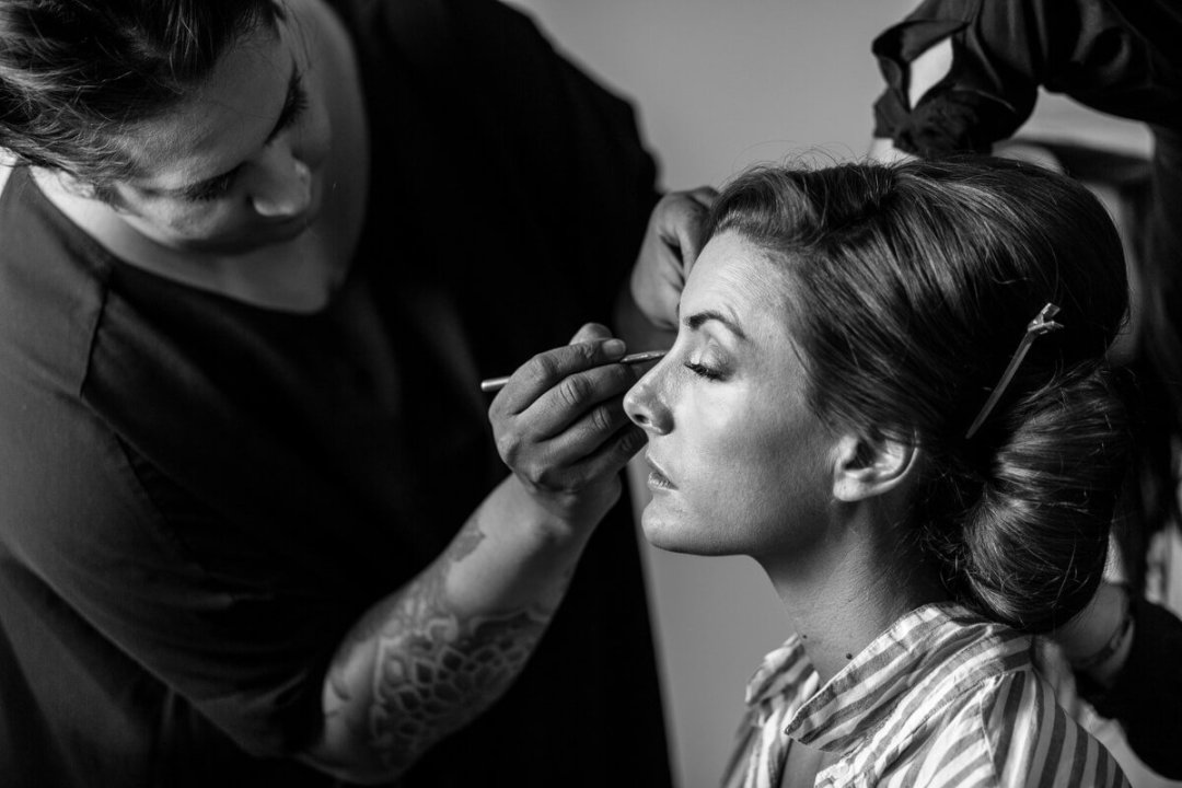 Documentary Wedding photography Andalusia Spain, Bride getting ready