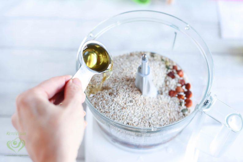 Add olive oil | keto-vegan.com