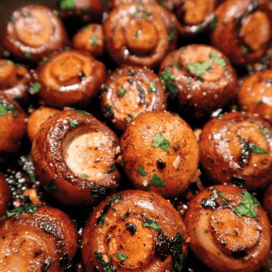 Boter knoflook champignons