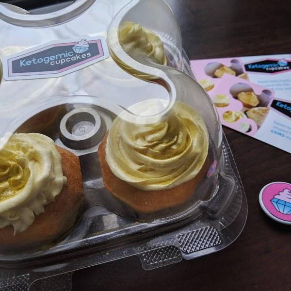 Low carb cupcakes by Ketogemic