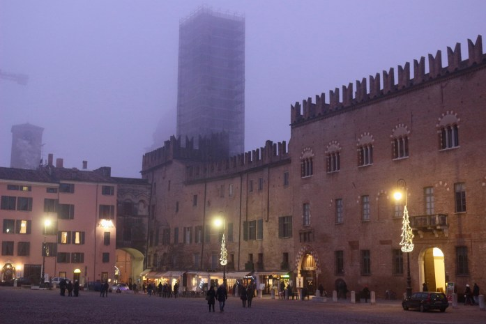Downtown Mantova, Italy, hidden by fog at Christmas time. ©KettiWilhelm2018