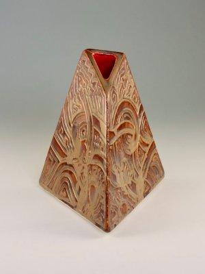 Weenus Vase V4 by Kevin Eaton