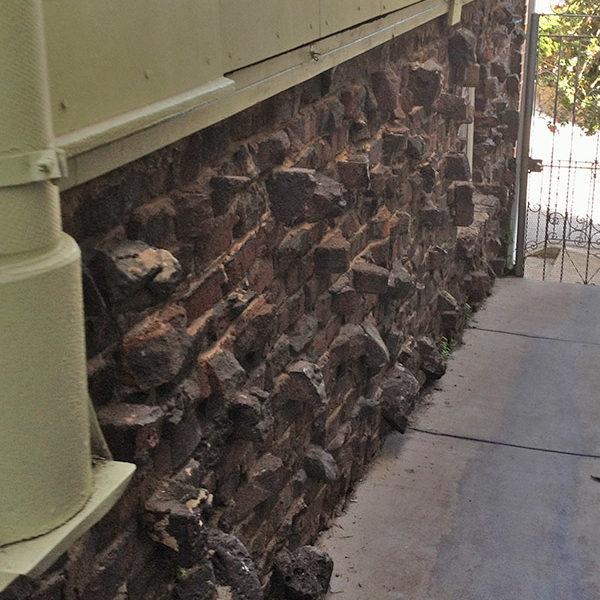 seismic brick foundation