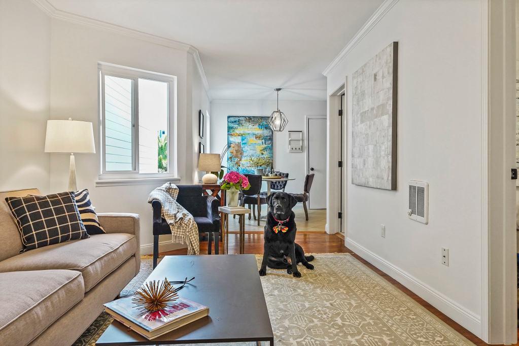 972A-Oak-Raffi-Living-Room