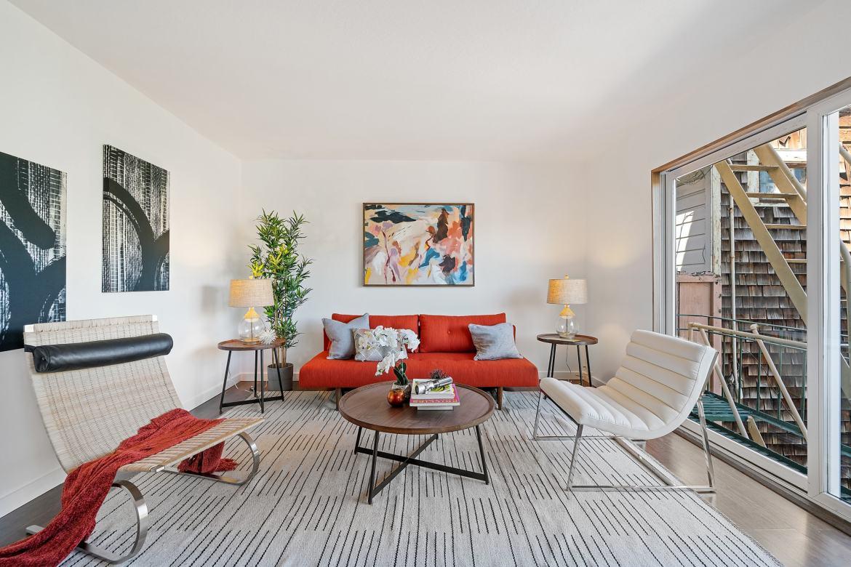 875 Vermont - Living Room