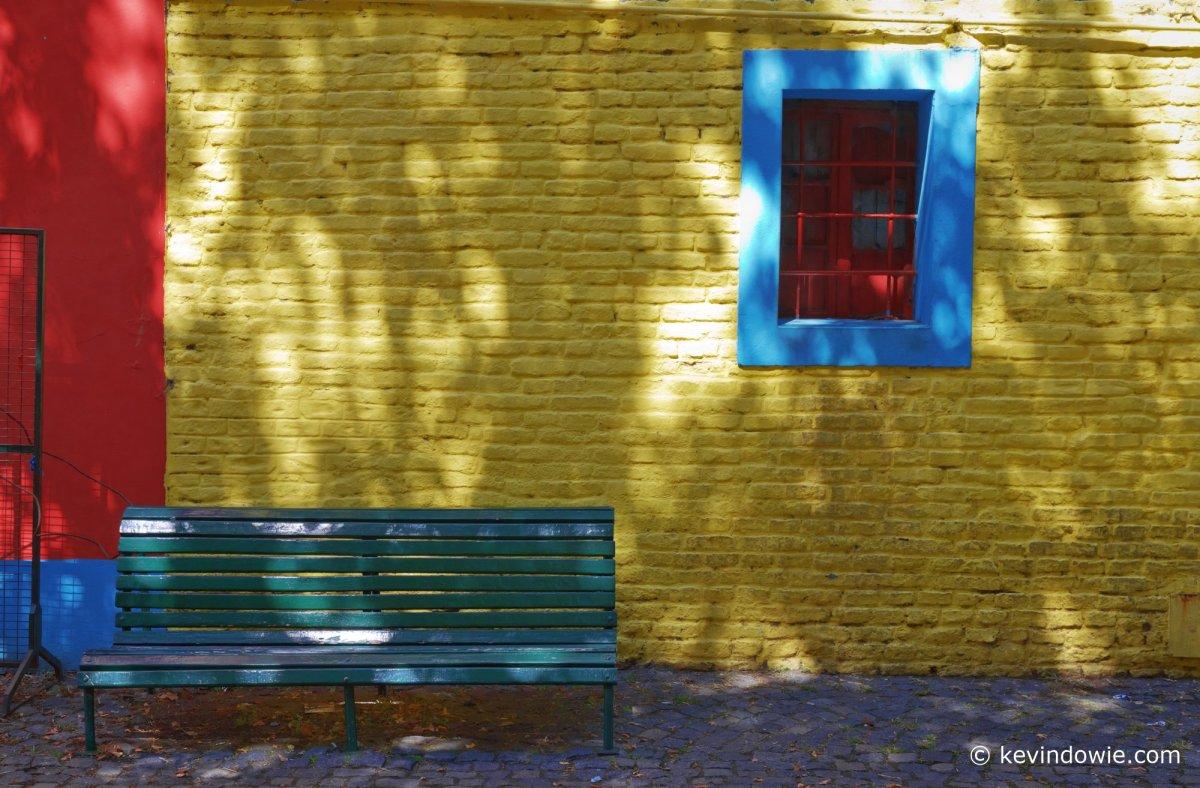 Colour co-ordinated streetscape.