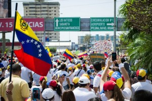 10 Things to Consider When Praying for the Venezuelan Church