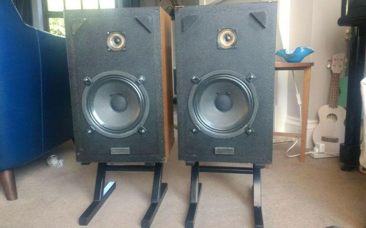 Omar Wendover loudspeakers