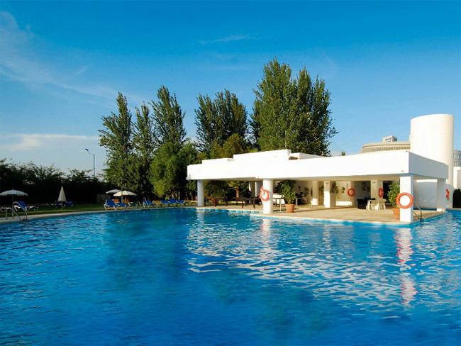 Barceló Renacimiento Hotel Pool
