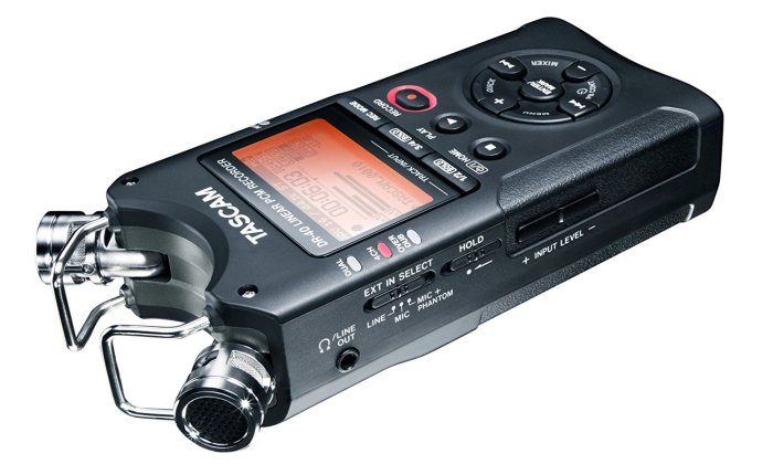 tascam dr-40 4 track portable digital recorder