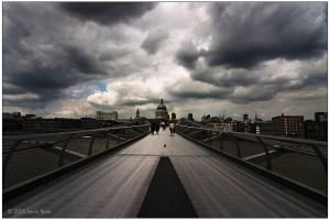 london - bridge to the past