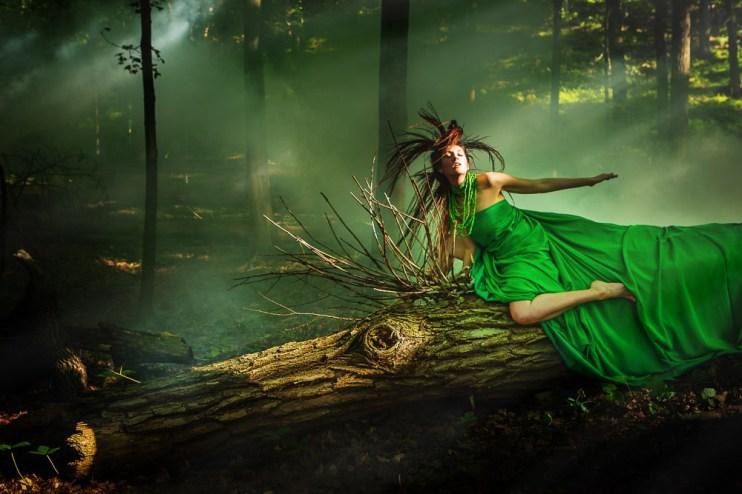 Laura Hollick Riding the Dragon