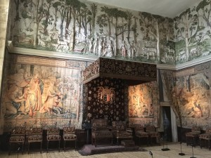 Dais thrones Hardwick New Hall