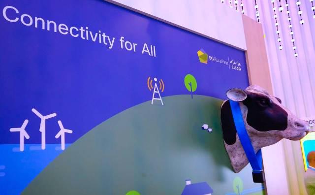 5G MWC vaca conectada 4YFN