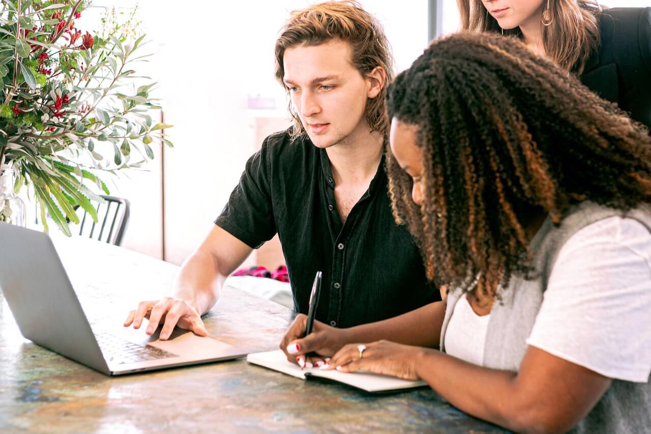 plan de negocio de una startup equipo