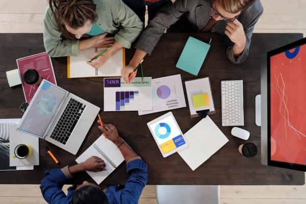 startup personas equipo plan de negocio business plan