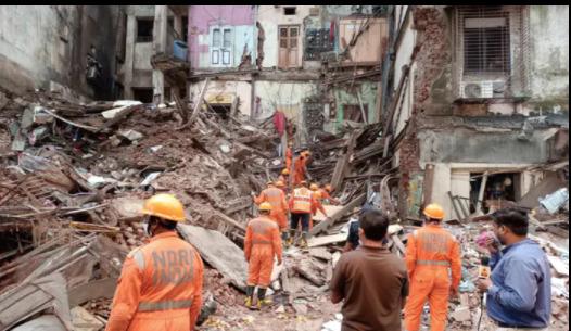 mumbai-4-storey-building-in-malvani-collapses-11-dead