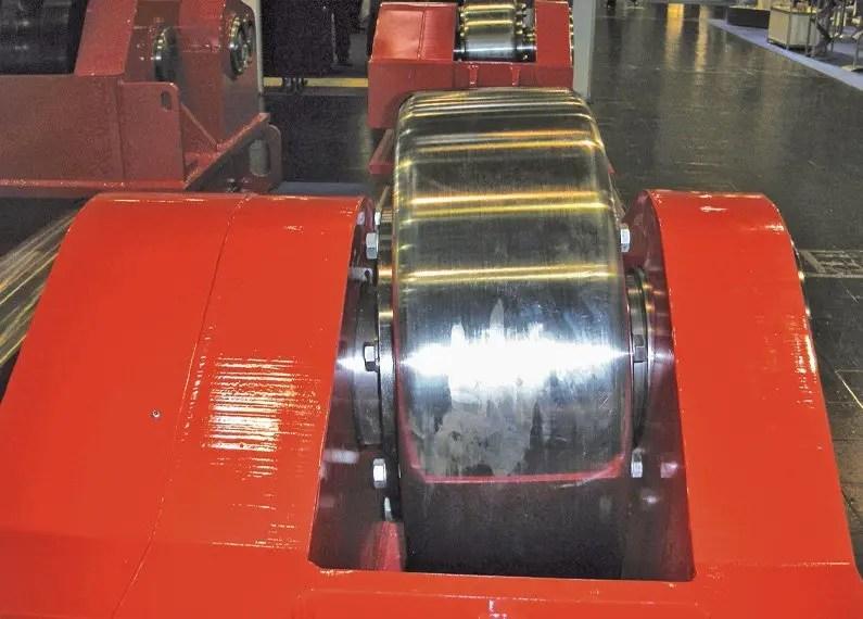 Anti-drift system rotator wheel