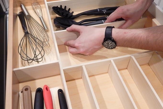 Diy custom wooden drawer organizers keys to inspiration super easy way to make custom drawer organizers solutioingenieria Image collections