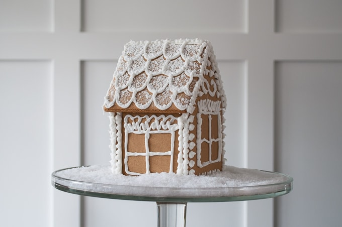 how to make a beautiful christmas gingerbread house the easy way i love this - Gingerbread Christmas Decorations Beautiful To Look