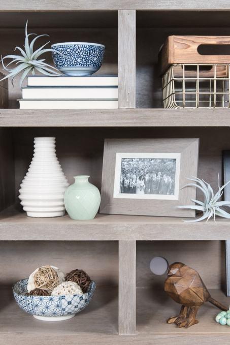 How to Style Bookshelves » Keys To Inspiration