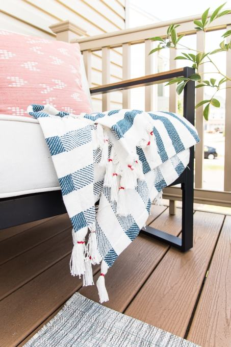 blue and white outdoor blanket