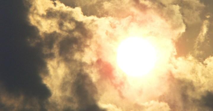 sunburst_sxc870751_39457627 FBsize