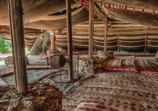 לינה באוהל בדואי גדול