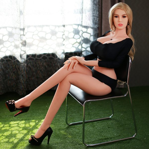 """Free shipping coupon code: """"freeshipping"""" on any order from kfdolls.com"""