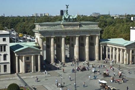 Aerial-View-Of-The-Brandenburg-Gate-in-Berlin-Germany
