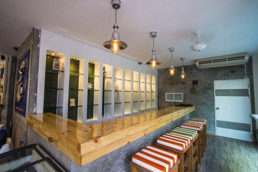 restaurant-11