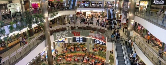 WestEnd_City_Center_Shopping_Hungarian_Grand_Prix_1