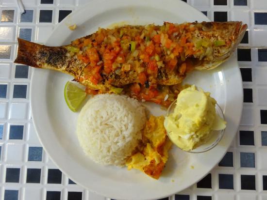 bahamian-cookin-restaurant