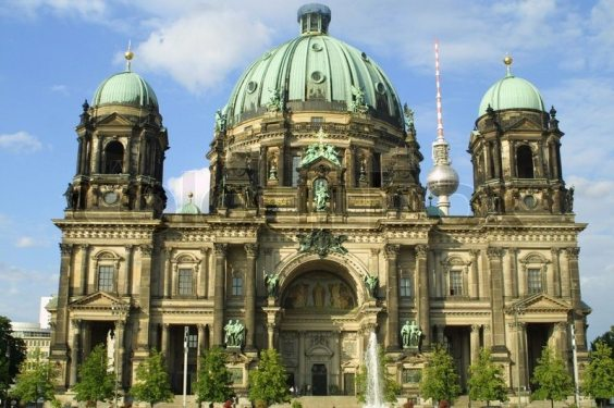 1742589-berlin-cathedral-berliner-dom-berlin-germany