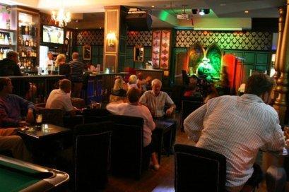 durty-nellies-pub (4)