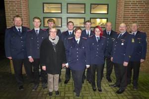 Von links: Horst Busch, Heiner Drögermüller, Andreas Ernst, Uta Lüßmann, Andree Talkenberger, Marion Krenz, Rolf Schulze, Sabrina Rieck, Heinrich Meyer, Volker Prüsse, Stefan Dehmel