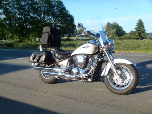 Picture of Vulcan 900 with accessories
