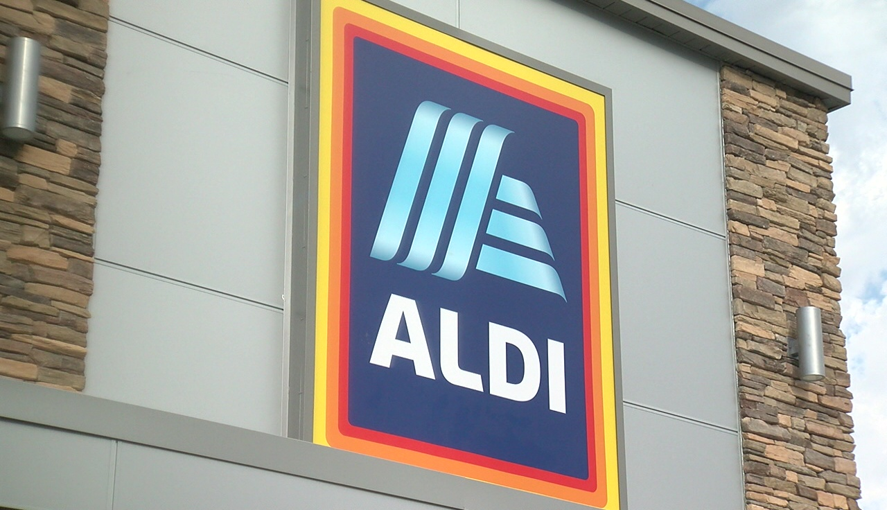 Aldi opens its newest store in Delano | KGET 17