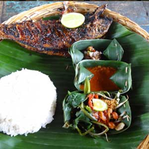 01_14_Travel_Bali_GrilledFish.jpg
