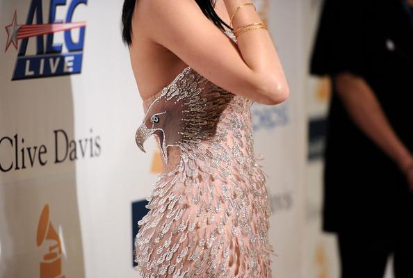 Katy+Perry+2011+Pre+GRAMMY+Gala+Salute+Industry+BSl2uJl4Yyfl
