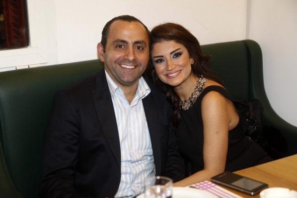 الاعلامي عباس حسن و زوجته هناء